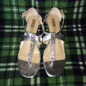 Elegant Silver Ellen Tracy sandals size 8